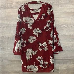 Dresses & Skirts - Plus size floral dress